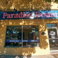 Paradise Donuts Front