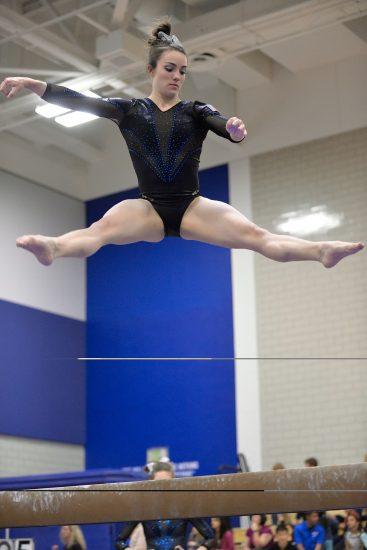 gymnastics-802972_1920